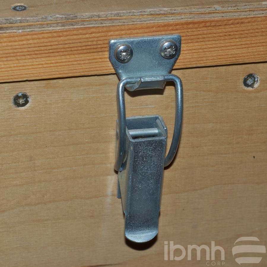 IMPORT FROM CHINA: Tool Box Furniture Toggle Clamp Small Metal Box Latches Metal Clasp Lock Spring Loaded Latch V-nails