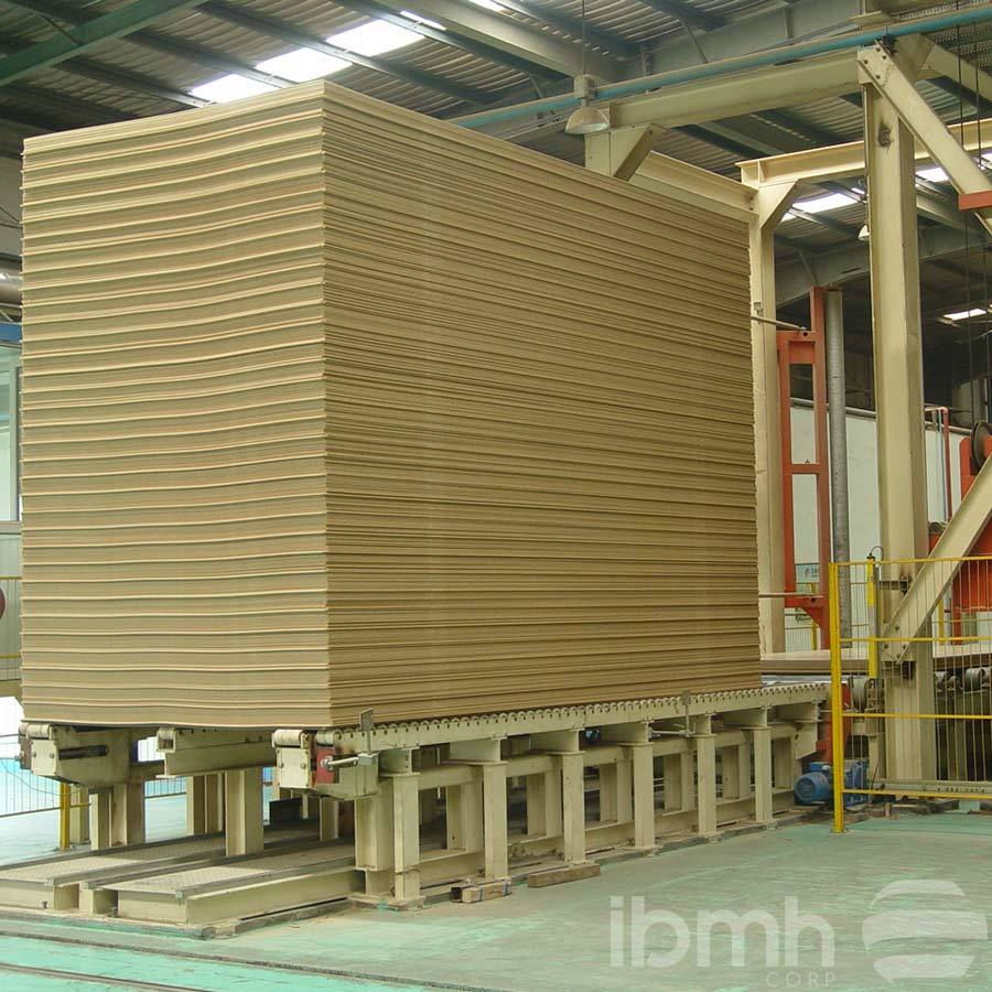 CHINA FACTORY OR SUPPLIER: Raw MDF Boards Nudity MDF Medium Density Board with E0, E1, E2 and MR Glue Raw Plain MDF for Furniture Medium Density Fiberboard MDF Boards  Medium Density Board with E0, E1, E2 and MR Glue  High Quality MDF Board