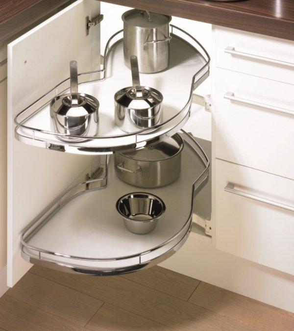Producto destacado: Herraje Riñonero  para Muebles de Cocina en Esquina