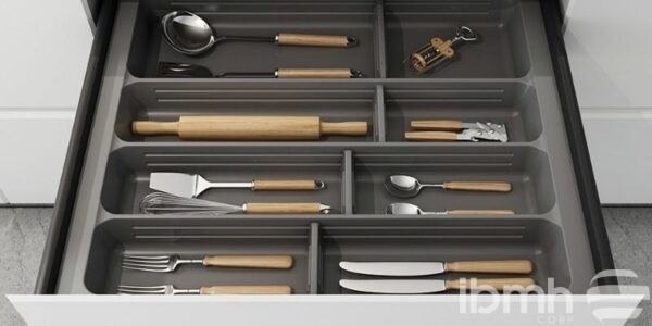 Discover the advantages of the Cutlery Tray and Drawer Organizers